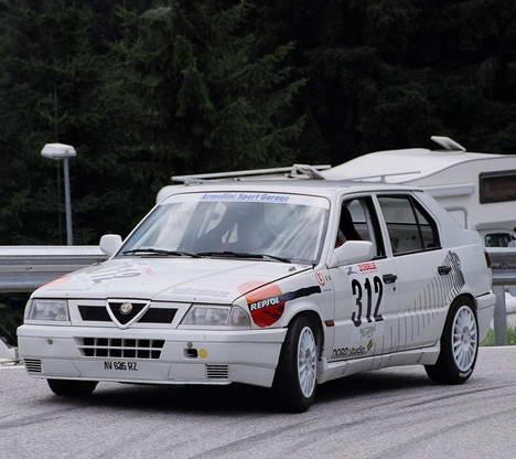 Alfa Romeo 33 1.7 i (907.A1A)