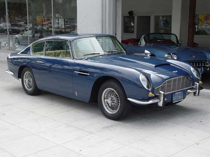 Aston Martin DB 6