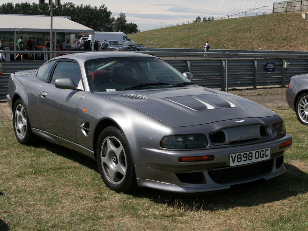 Aston Martin Vantage 600