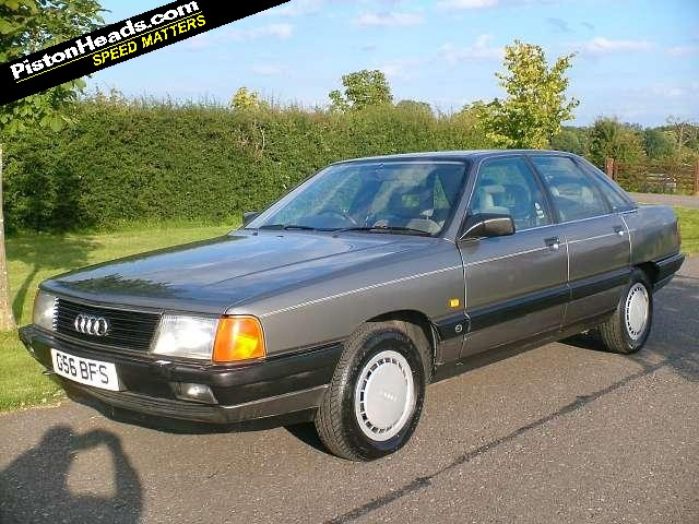 Audi 100 2.2