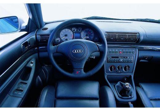 Audi A4 2.5 TDI AT