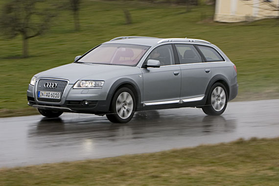 Audi A6 Allroad 2.7 TDI quattro AT