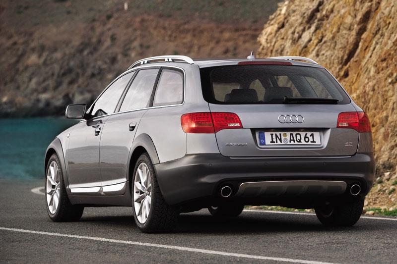 Audi A6 Allroad 4.2 quattro AT
