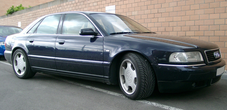 Audi A8 2.5 TDI 180hp AT