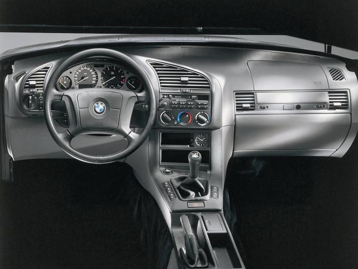 BMW 3 316i 100hp AT