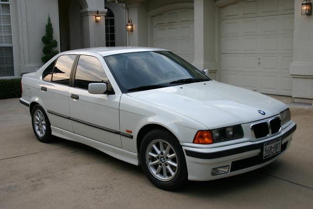 BMW 3 318i