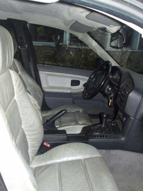 BMW 3 318i 115hp MT