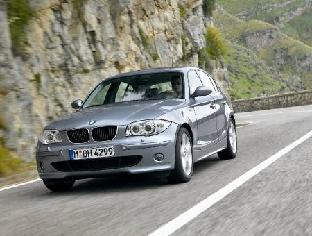 BMW 3 320i 129hp MT