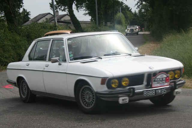 BMW 3.3 L