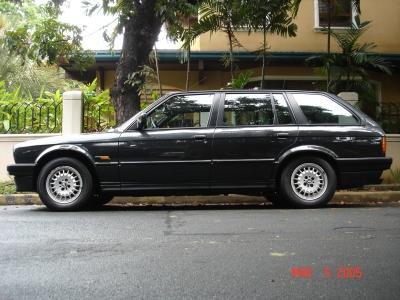 BMW 325i Wagon