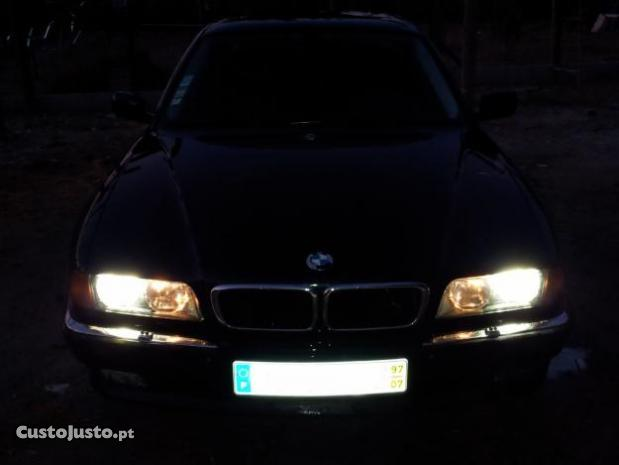 BMW 7 725tds MT