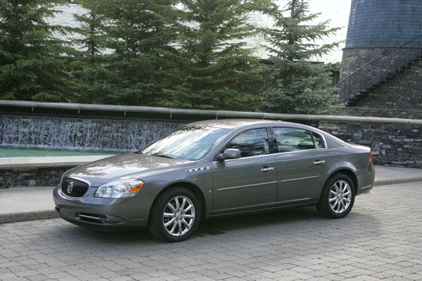 Buick Lucerne CXS
