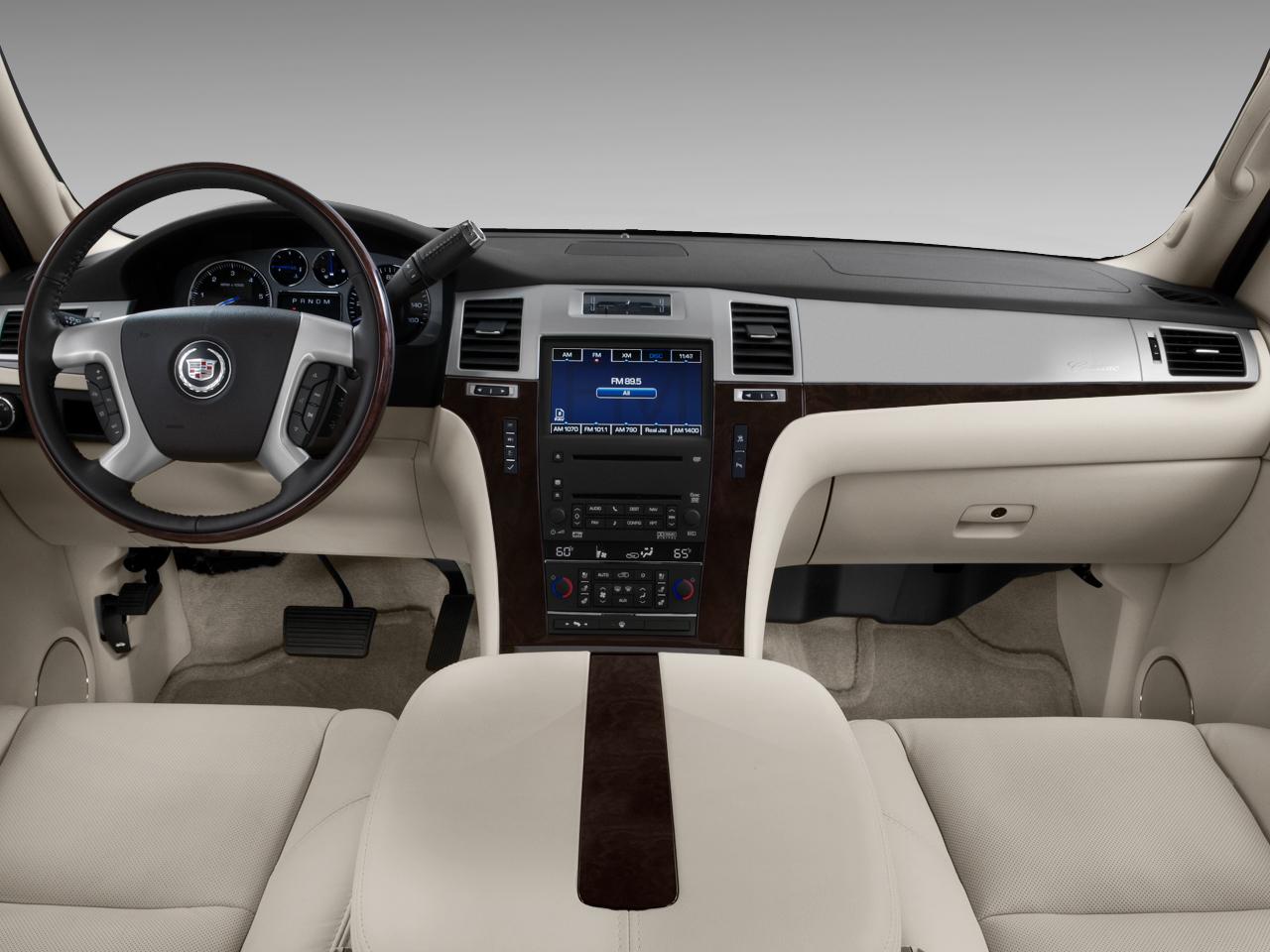 Cadillac Escalade AWD