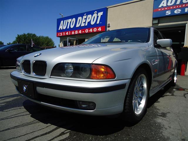 BMW 5 540i AT