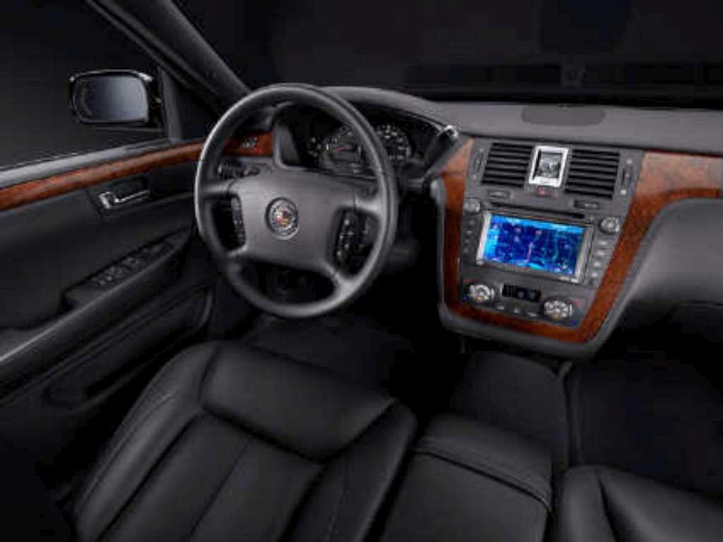 Cadillac DTS Performance