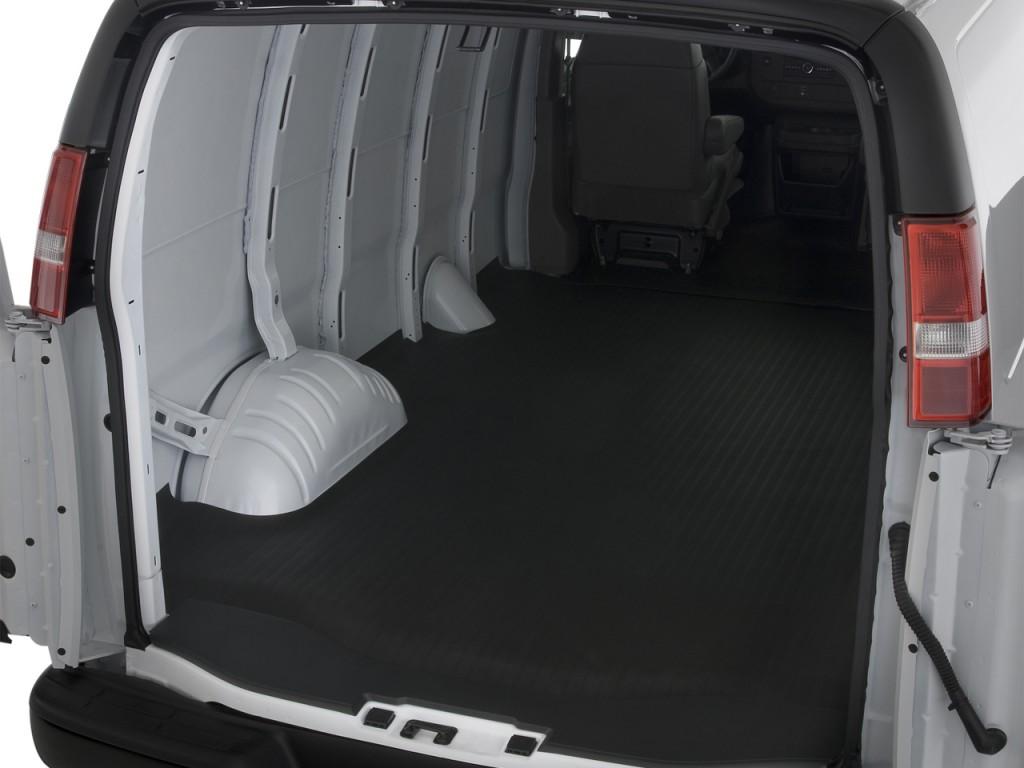 Chevrolet Express Cargo Van 2500