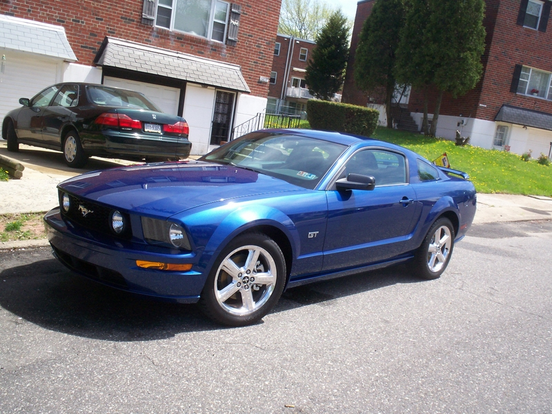Ford Mustang GT Deluxe Coupe