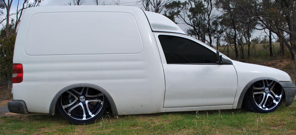 Holden Combo
