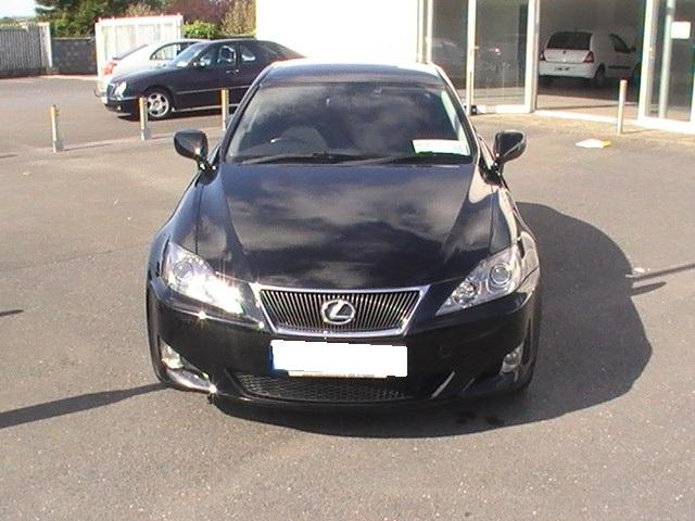 Lexus IS 220d MT