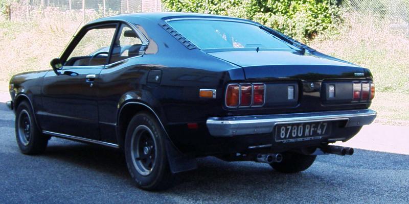 Mazda 818