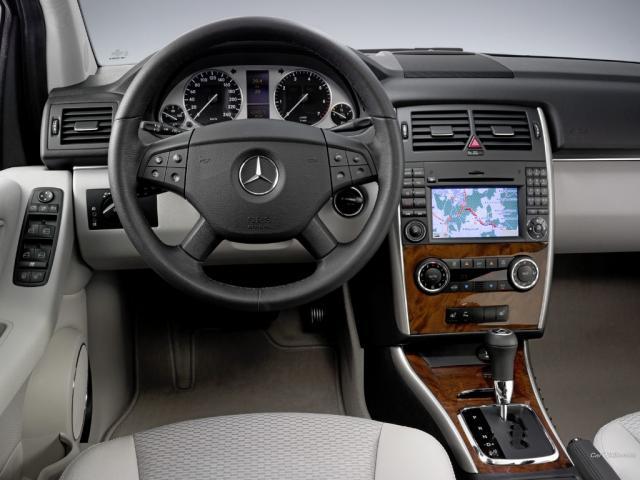 Mercedes-Benz A 170 AT