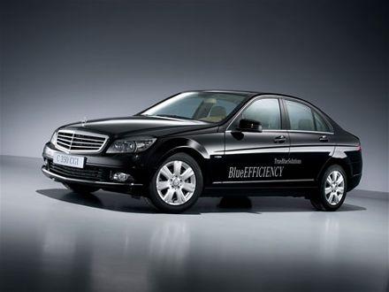 Mercedes-Benz E 350 CGI T BlueEfficency