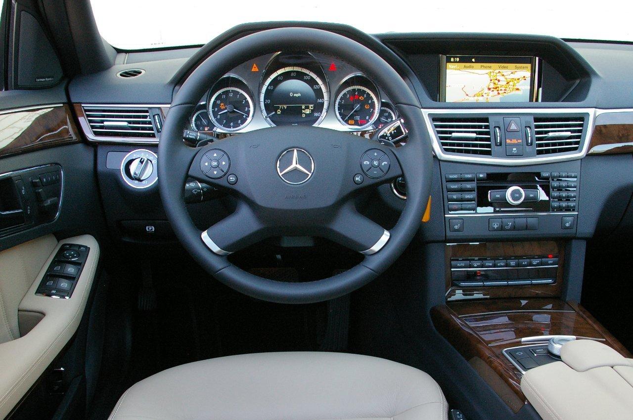Mercedes-Benz E 350 Sedan