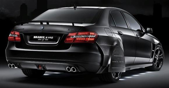 Mercedes-Benz E V12
