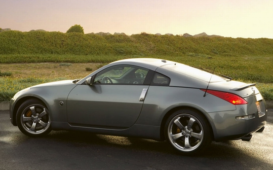 Nissan 350 Z Coupe