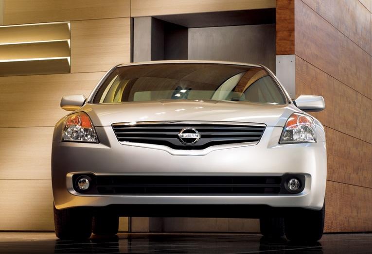 Nissan Laurel C33