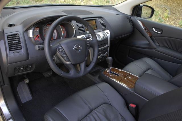 Nissan Murano LE