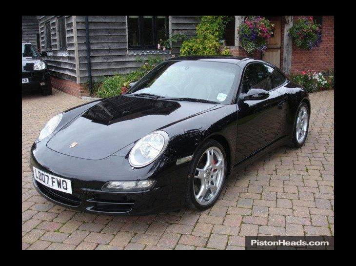 Porsche 911 Carrera 4S Tiptronic