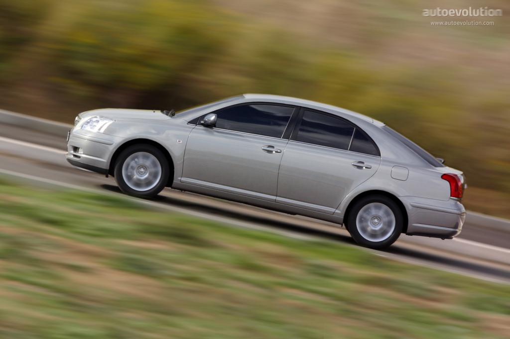 Toyota Avensis Liftback