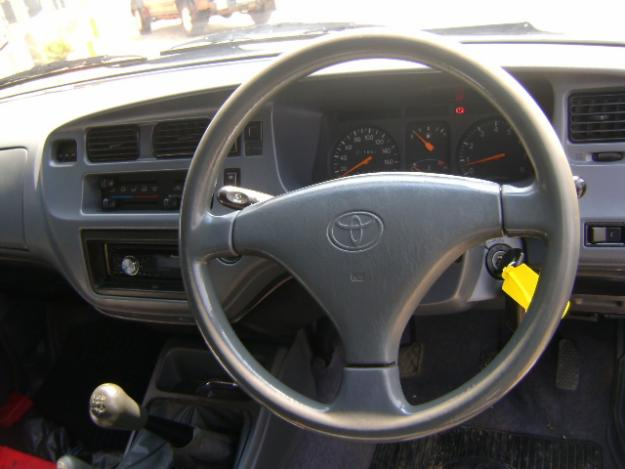 Toyota Condor 2400i TX 4x4