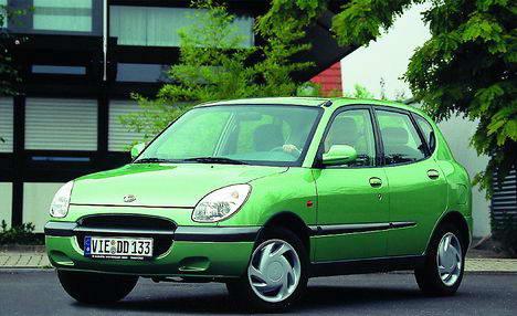 Daihatsu Sirion 1.0 i 12V MT