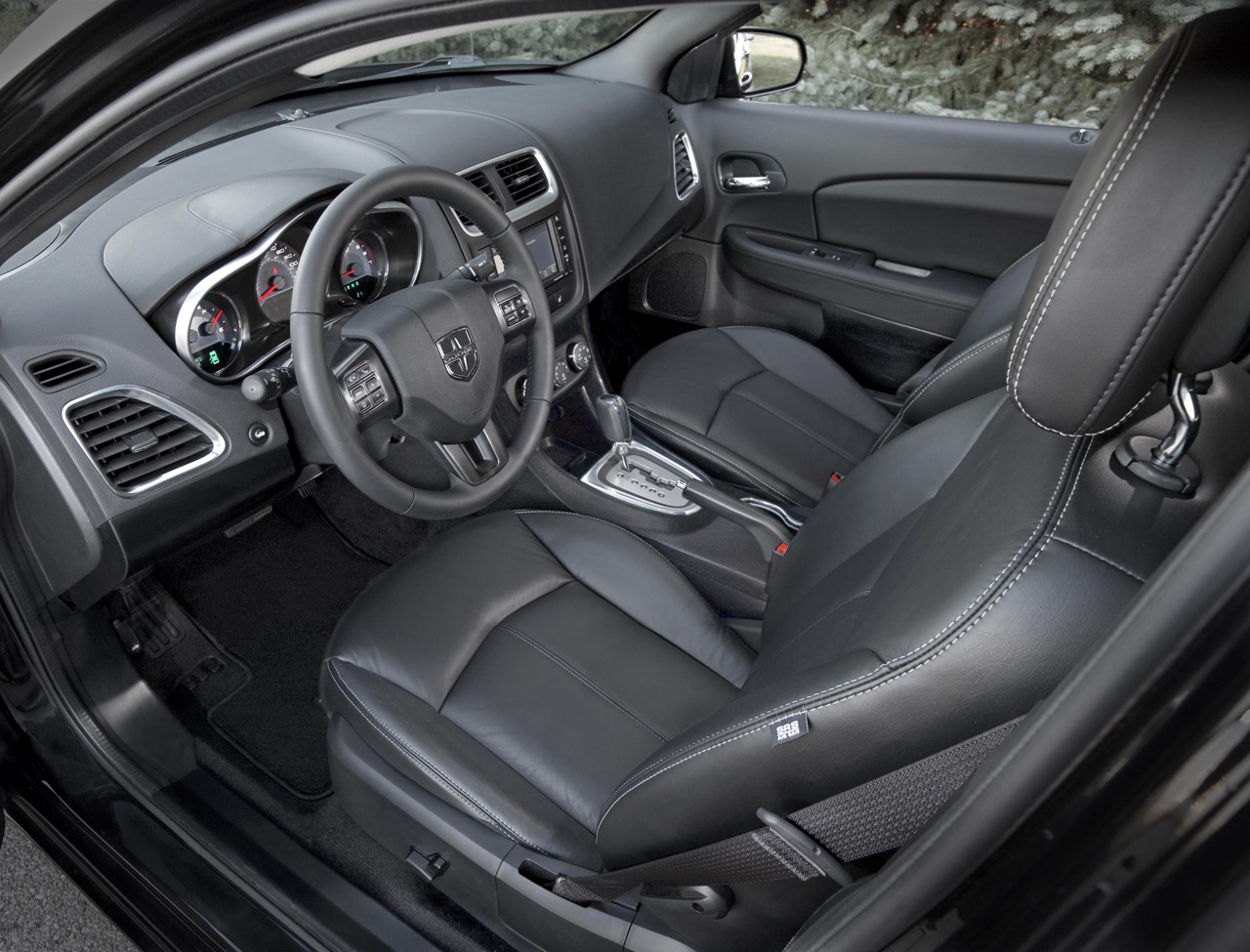 Dodge Avenger Lux