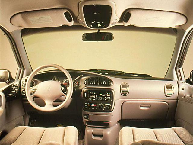 Dodge Caravan 3.8 V6 4WD LE