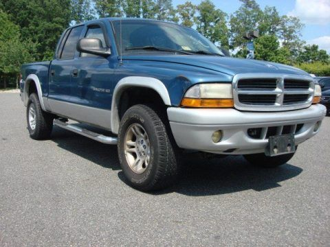 Dodge Dakota Quad Cab 4x4 SLT