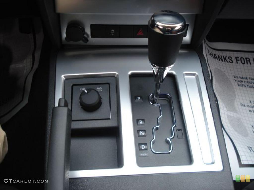 Dodge Nitro Detonator 4x4
