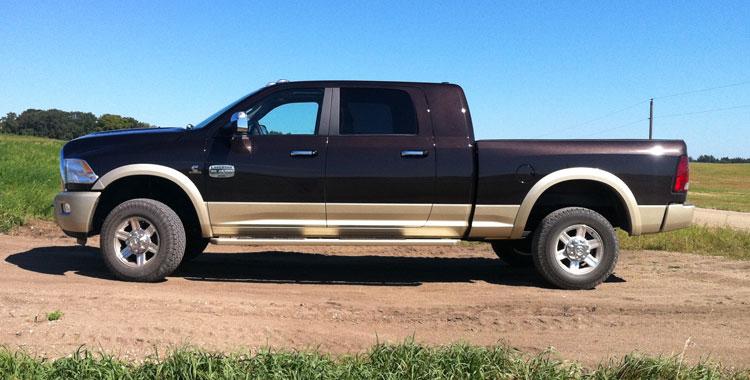 Dodge Ram 2500 Mega Cab Laramie