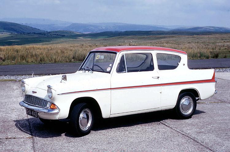 Ford Anglia 105 E