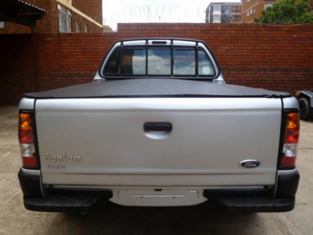 Ford Bantam 1.3i XLT