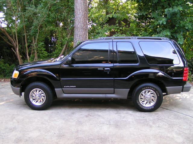Ford Explorer 4.0 155hp 2WD MT