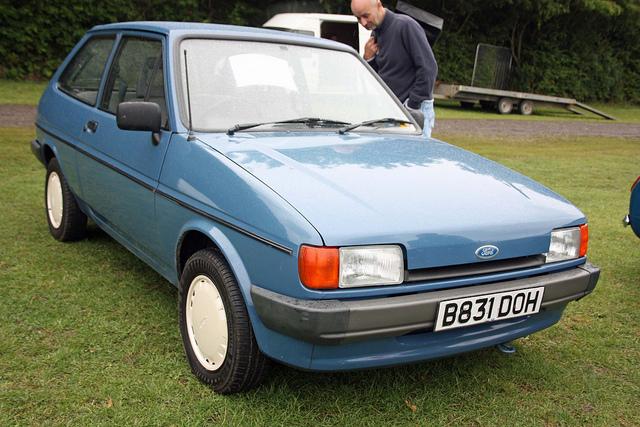 Ford Fiesta 950 Popular
