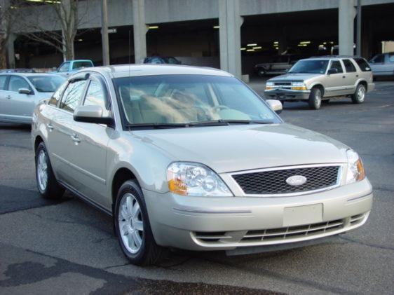 Ford Five Hundred SE