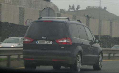 Ford Galaxy 1.0 TDi Ambiente