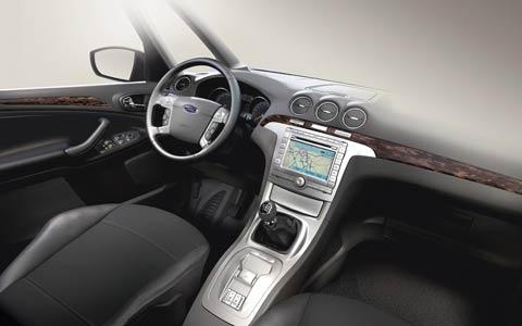 Ford Galaxy 2.0 MT Ghia