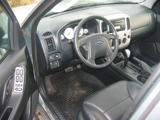 Ford Maverick 3.0 V6