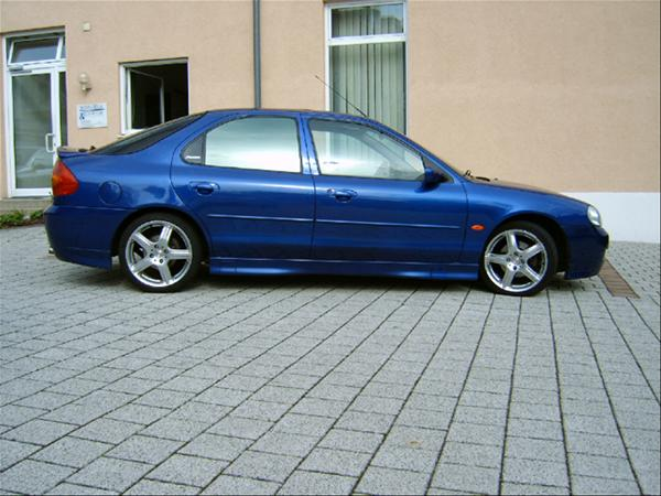 Ford Mondeo ST 200