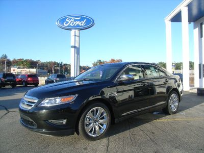 Ford Taurus Limited AWD